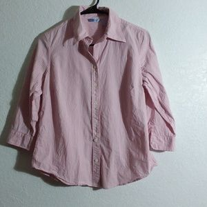 Medium pink pinstripe 100%cotton button 3/4 sleeve